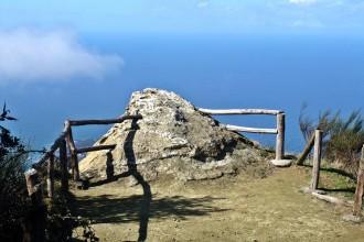 Auf dem Epomeo Berg
