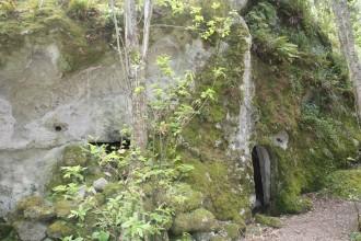 Höhlenhäuser in der Falanga auf Ischia