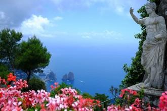 Faraglioni vor der Insel Capri