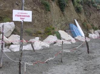 Heißen Sandbäder am Marontistrand