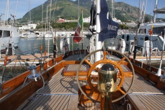 Beim Segeln Ischia aktiv erleben