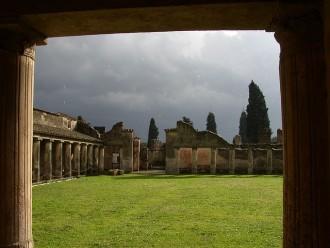 Tour Kampanien mit Ausflug Pompeji Vesuv im Regen