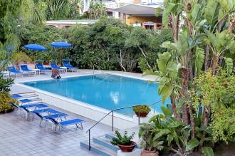 Kur- und Wellness Angebote Ischia - Hotel San Giovanni - Freibad