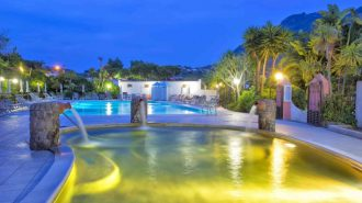 Hotel Eden Park Pool